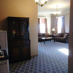 One Bedroom Suite(left)